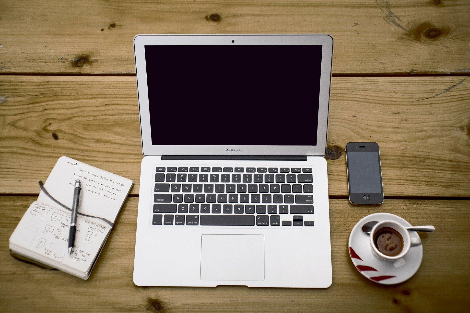 5 modi per organizzarsi nel proprio lavoro e sentirsi leggeri e soddisfatti